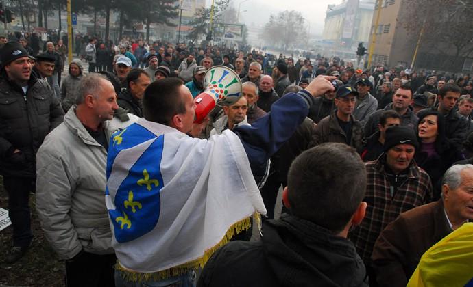 301-protesti-u-tuzli