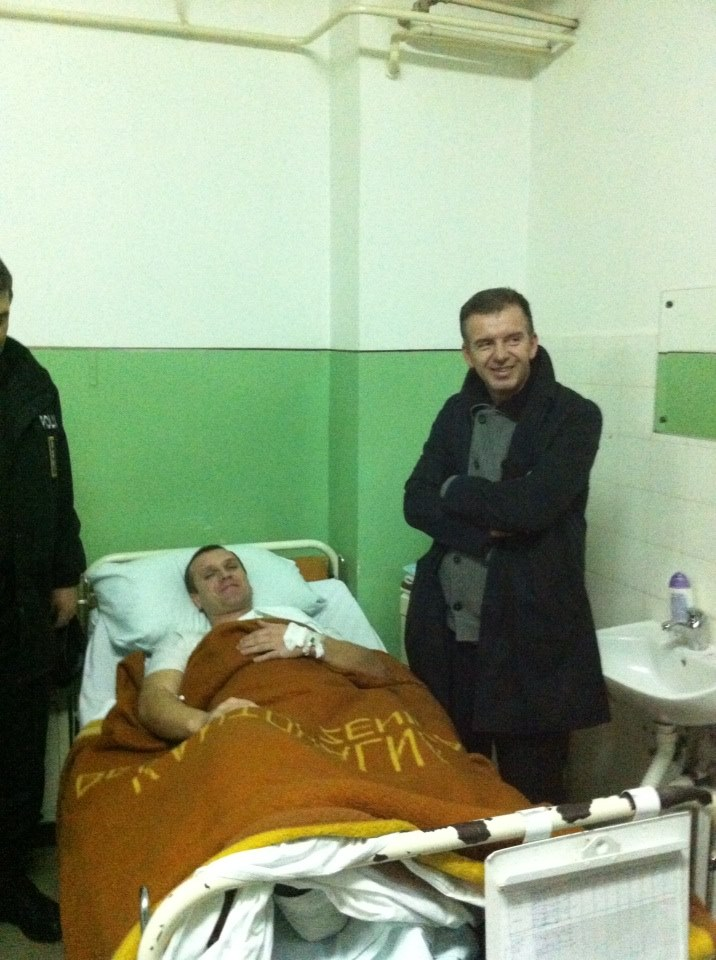 Ministar u posjeti povrijedjenim policajcima