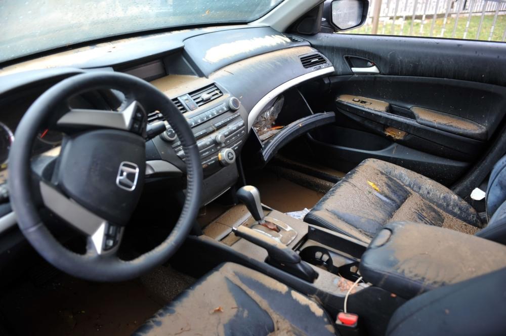 automobili-iz-poplave-4_1000x0