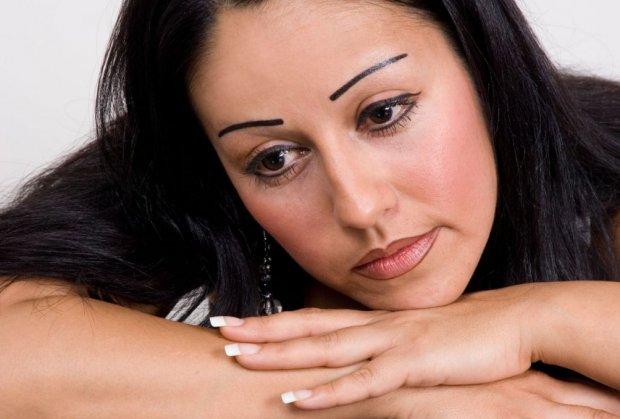 obrve-devojka-tetoviranje-foto-profimedia-1424640349-619270