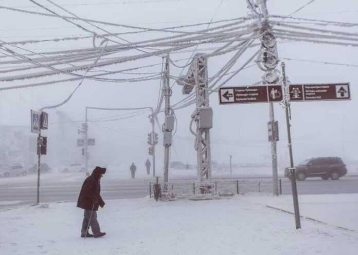 Photographer Alexey Vasiliev shows the daily life of Russias coldest region 60375520b43b4 880 758x541 1
