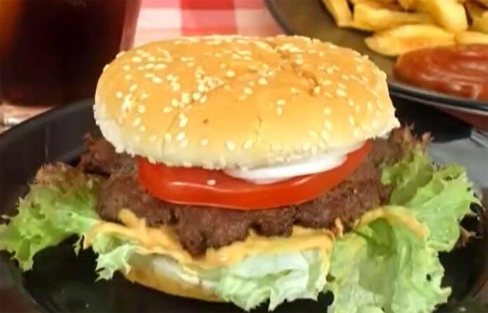 hamburgeri 33 1 696x446 1