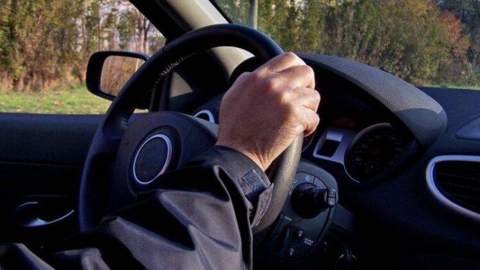 voznja automobil volan vozac 15776 750x422 1