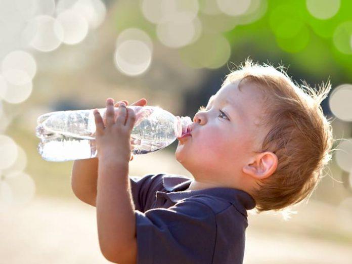 dehidracija voda dijete 729x0 is 696x522 1