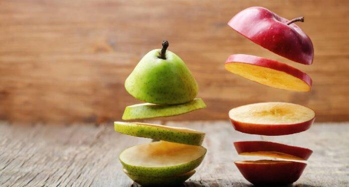 flying slices of fruit apple pear PPQXKKK 1 1