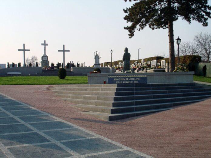 gradsko groblje dakovo 2