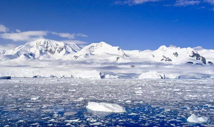 ko je otkrio antarktik 230875042 696x413 1