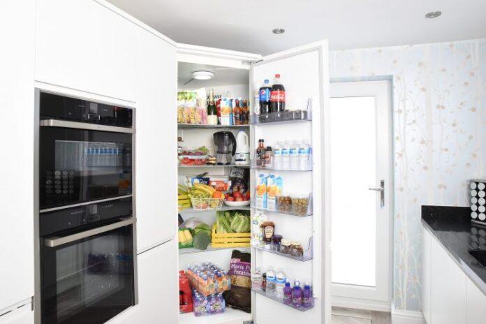 fridge 3475996 1920 750x500 1
