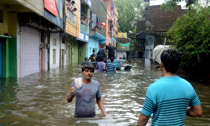 indija poplave 1107