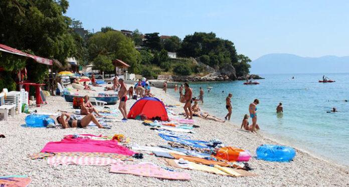 makarska gradac beach 1 720x480 1