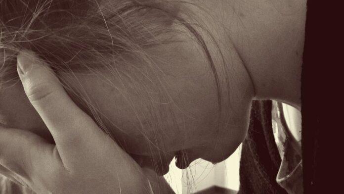 nasilje djevocica djevojka ilustracija juni4 ss