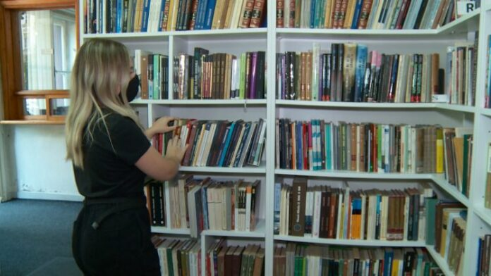 1630426407 cirilica knjige 750x422 1