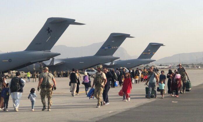 1630695048 Kabul aerodrom evakuacija Twitter 1