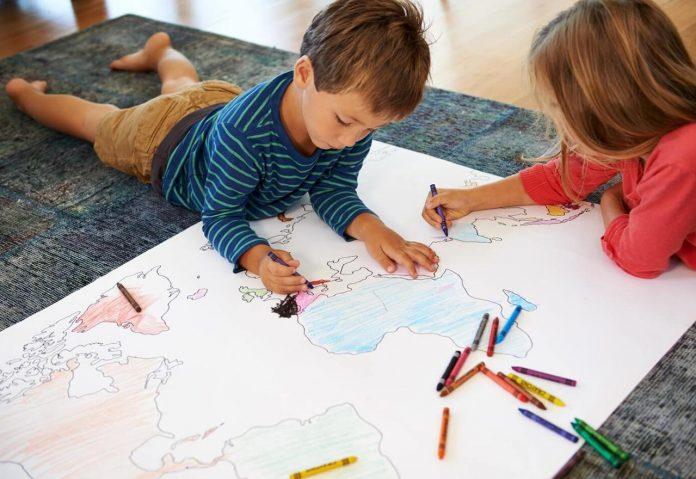 djeca crtanje 3 696x479 1