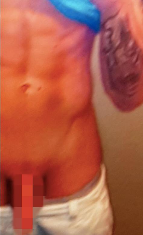 Karleuša bez cenzure: Objavila fotografiju polnog organa