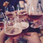 alkohol zdravica pivo ilstracija pixabay