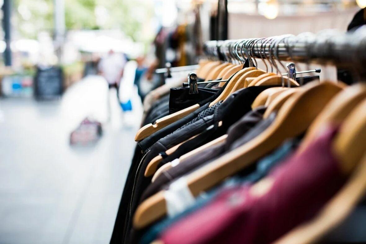 garderoba stvari kupovina pixabay