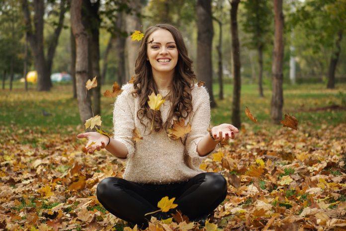 jesen sretniji pametniji pixabay 2 696x464 1