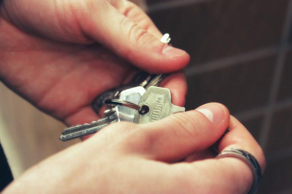 kljuc stan bracni parovi dijete septembar2020 pixabay