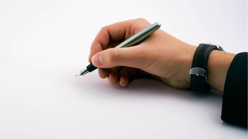 pisanje ruka desna freeimges Cierpki
