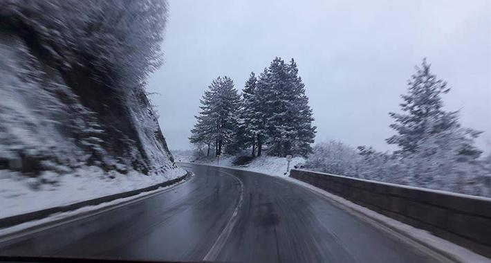 snijeg poledica cesta