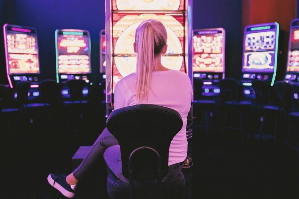 zena kockanje